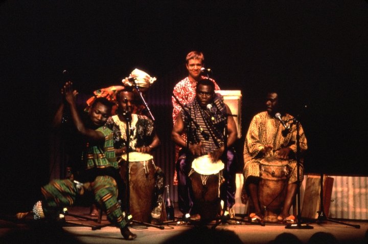 Obo Addy (in purple) performing with Oko Thompson, Eric Gertner, Oloquaye Commodore and Fofo Tetteh, 1996 National Heritage Ceremonies, courtesy National Endowment for the Arts