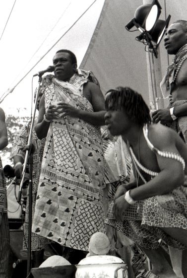 Obo Addy singing at the Homowo Festival, 1998, Portland, Oregon, courtesy Susan Addy