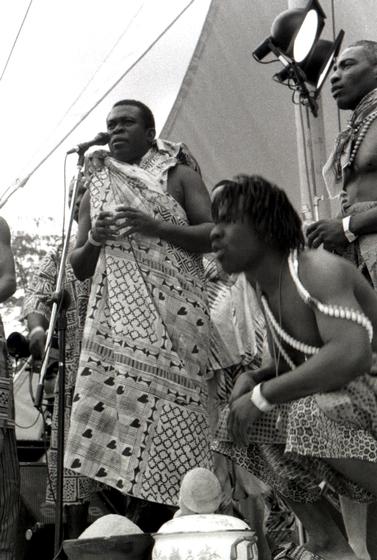 Obo Addy singing at the Homowo Festival, 1998, Portland, Oregon, courtesy Susan Addy