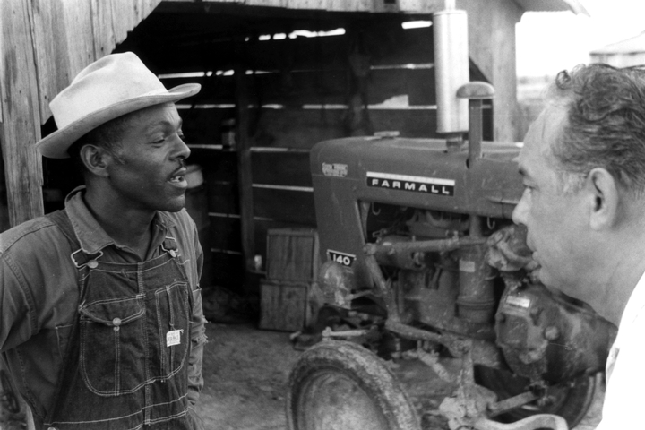 Alphonse 'Bois Sec' and Revon Reed, photograph by Chris Strachwitz/Arhoolie Records