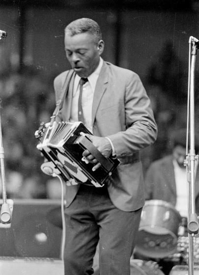 Alphonse 'Bois Sec' Ardoin, 1974, photograph by Nicholas R. Spitzer