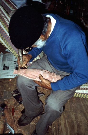 Celestino Avilés at work, courtesy National Endowment for the Arts
