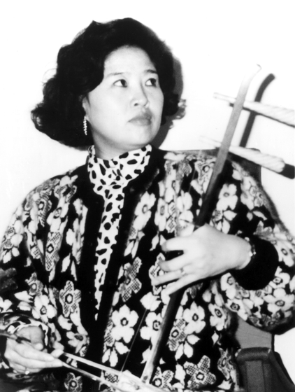 Bao Mo-LI, photograph by Timothy Chang, courtesy National Endowment for the Arts