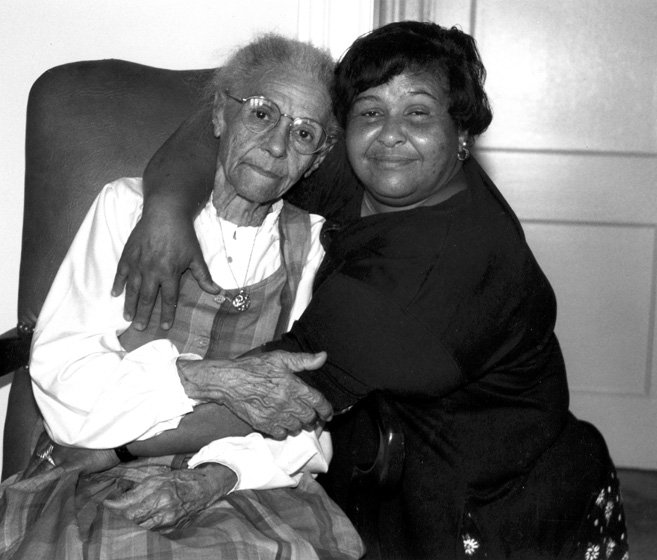 Inez Catalon (with her daughter Mary, right), was an African American Creole singer who learned many songs in French from her mother while growing up in southwest Louisiana. Washington, D.C., 1991, photograph by Alan Govenar