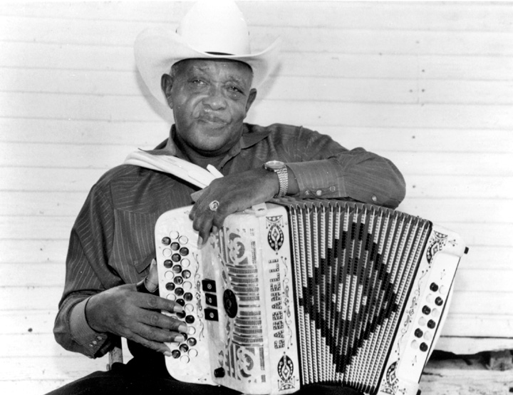 Wilson 'Boozoo' Chavis, photograph by Barbara Roberds, courtesy Rounder Records