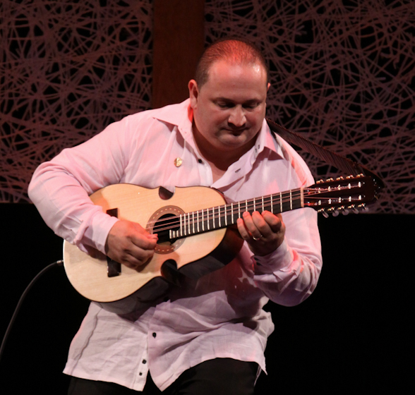 Edward Colón Zayas, 2009 National Heritage Fellowship Concert, Bethesda, Maryland, photograph by Michael G. Stewart