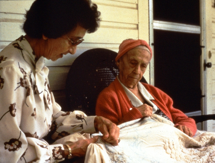 Bertha Cook (right) working with her daughter, Mary Brown, photograph by Thomas A. McCowan, courtesy National Endowment for the Arts
