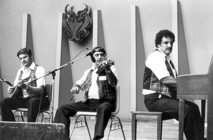 Joseph Cormier (center), photograph by Jack Putnam, courtesy National Council for the Traditional Arts