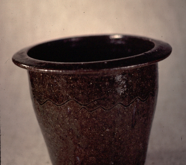 Pottery by Burlon Craig, photograph by T. Jackson, courtesy Smithsonian Institution