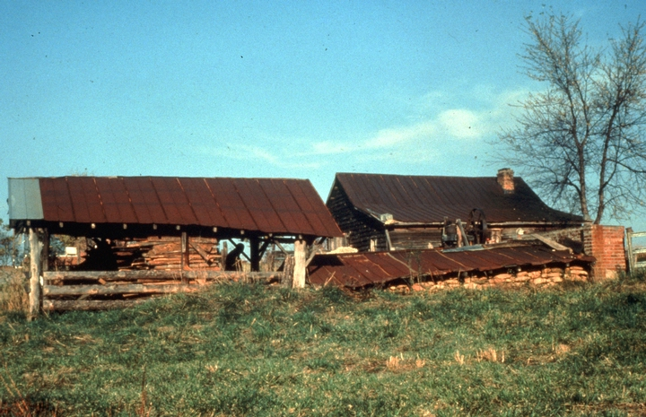 Burlon Craig's Pottery, Vale, North Carolina, photograph by Charles G. Zug III, courtesy North Carolina Arts Council, Folklife Program