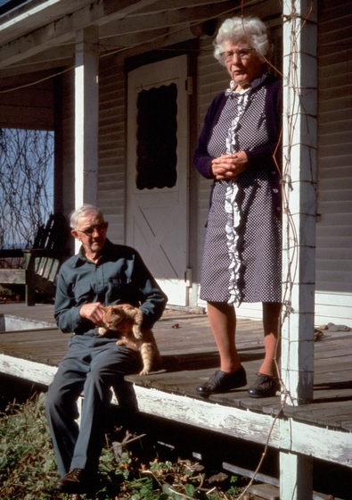 Amber and Sabin Densmore, Chelsea, Vermont, July 1989, photograph by Jane C. Beck, courtesy Vermont Folklife Center