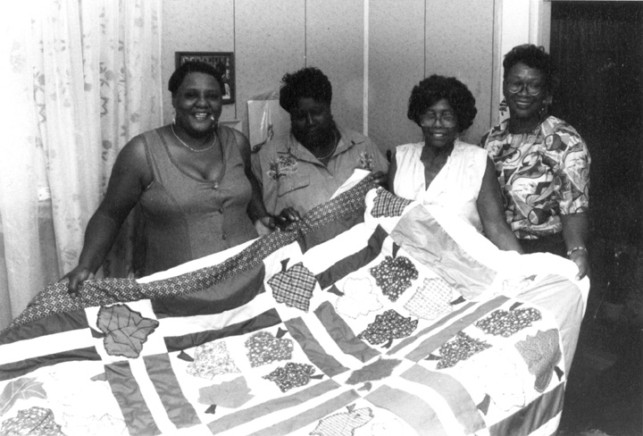 Nora Ezell at home, with her students, Beverly Smith, Juanita Rice and Melinda Jackson, photograph by Joey Brackner, courtesy Alabama State Council on the Arts