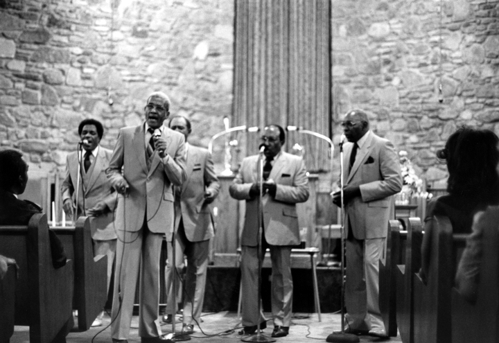Reverend Willie Richardson taking lead for the Fairfield Four (left to right): Robert Hamlett, Richardson, Wilson Waters (hidden), James Hill, Isaac Freeman, 45th Anniversary Program for the Fireside Singers, Nashville, photograph by Robert Cogswell, courtesy Tennessee Arts Commission