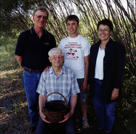 Leroy Graber and his family, courtesy Leroy Graber