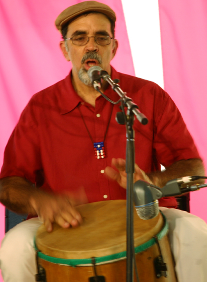 Juan Gutiérrez, Nuestra Musica Program, photograph by Barry Bergey