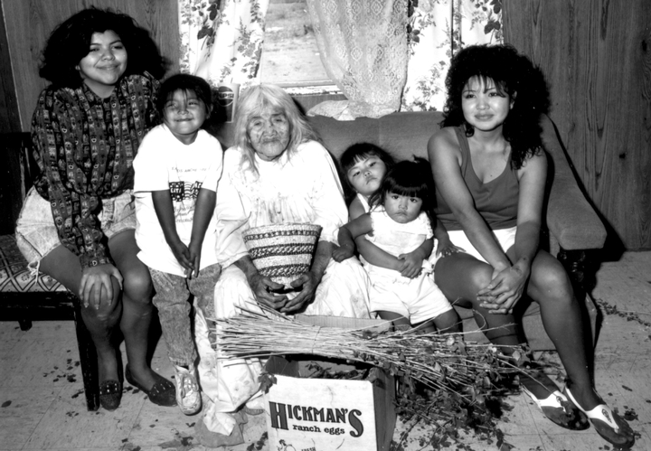 Cecilia Henry at age 90 with her granddaughters and great-granddaughters, photograph by Helga Teiwes, courtesy Arizona State Museum