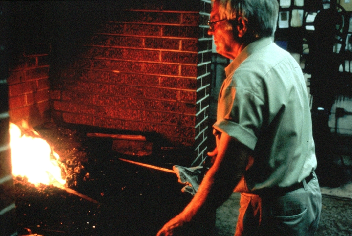 Bea Ellis Hensley at work, Hensley & Son Forge, Spruce Pine, North Carolina, Photograph by C.N. Chatterley, courtesy North Carolina Arts Council, Folklife Program