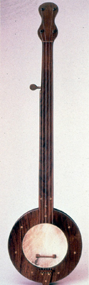Banjo by Stanley Hicks, Photograph by Michel Monteaux, courtesy Museum of International Folk Art (a unit of the Museum of New Mexico)