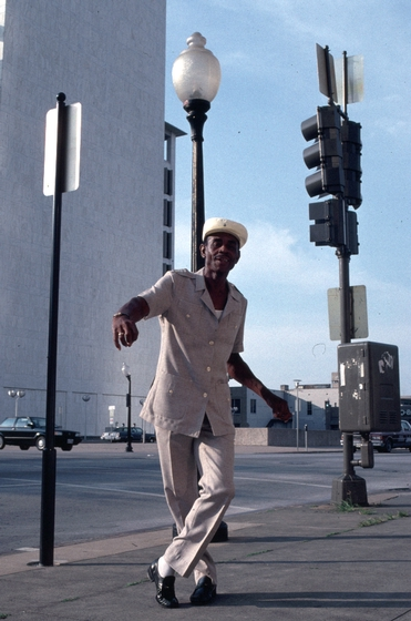 John Dee Holeman demonstrates buck dancing, Dallas, Texas, 1991, photograph by Alan Govenar
