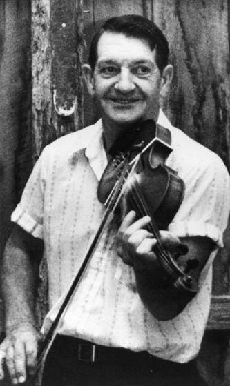 """Missouri square-dance fiddler Bob Holt said of his style, """"It's a rhythm to put your foot down to. It makes you want to dance."""" Courtesy National Council for the Traditional Arts"""