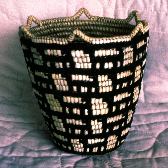 Klickitat cedar root basket designed and created by Nettie Kuneki Jackson, 1989, courtesy National Endowment for the Arts