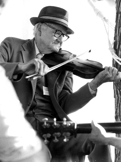 Tommy Jarrell, 1981, courtesy Ralph Rinzler Folklife Archives and Collections, Center for Folklife and Cultural Heritage, Smithsonian Institution
