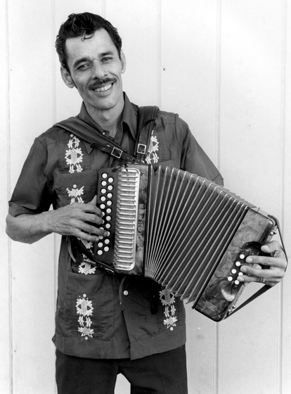 Santiago Jiménez, Jr., San Antonio, Texas, photograph by Chris Strachwitz/Arhoolie Records