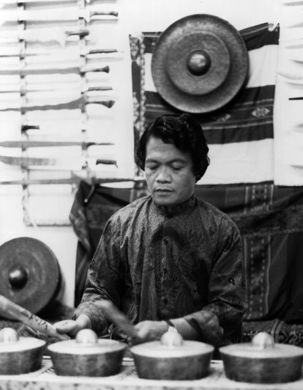 Danongan Kalanduyan began playing Maguindanao music as a child, focusing on the traditions of *kulintang*, the gong and drum ensemble indigenous to the Sulu and Mindanao islands in the southern Philippines and northern Borneo. Courtesy National Endowment for the Arts