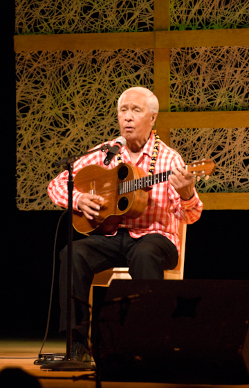 Eddie Kamae, 2007 National Heritage Fellowship Concert, Bethesda, Maryland, photograph by Alan Hatchett