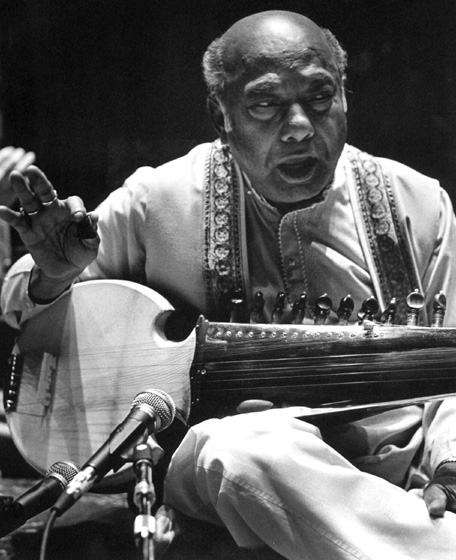 Ali Akbar Khan, September 1996, photograph by Jack Vartoogian