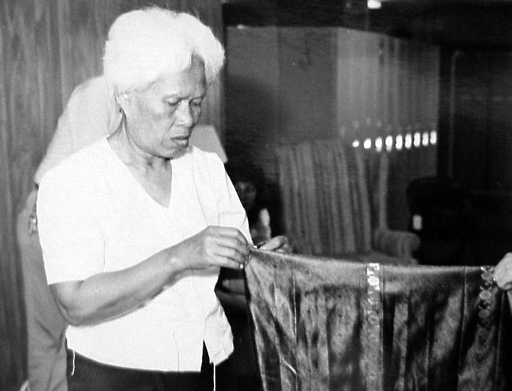 Peou Khatna, photograph by Dexter Hodges, courtesy National Endowment for the Arts