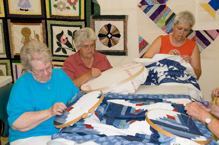 Quilters Barbara Crowe, Bettye Kimbrell and Kathy McConnell, Mt. Olive, Alabama, 2008, photograph by Alan Govenar