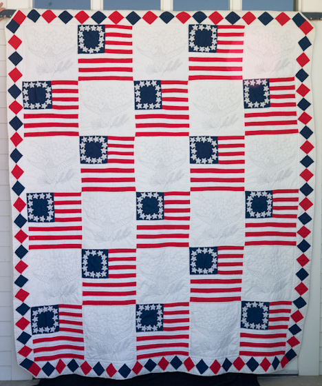 'The Bicentennial Quilt' (1976) by Bettye Kimbrell, Mt. Olive, Alabama, 2008, photograph by Alan Govenar