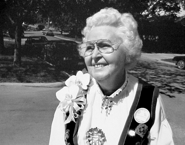Ethel Kvalheim became a key figure in the American revival of *rosemaling*, or rose painting, which originated in Norway. Kvalheim, of Norwegian descent, began learning the art form as a girl in Wisconsin. Photograph by Lewis Koch, courtesy Wisconsin Folk Museum