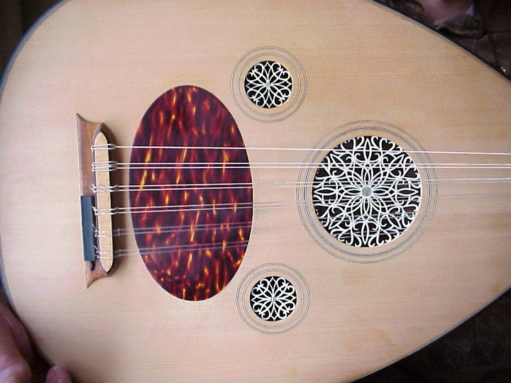 Hand-crafted oud by Peter Kyvelos (detail), Arlington, Virginia, 2001, photograph by Alan Govenar