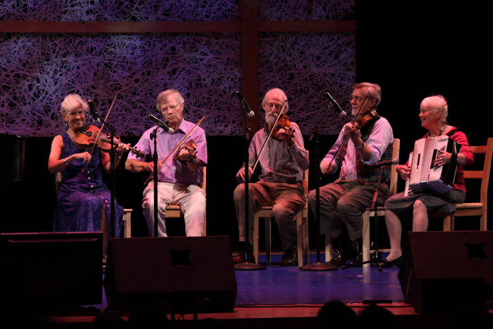 Dudley Laufman, dance caller and fiddler, 2009 National Heritage Fellowship Concert, Bethesda, Maryland, photograph by Michael G. Stewart