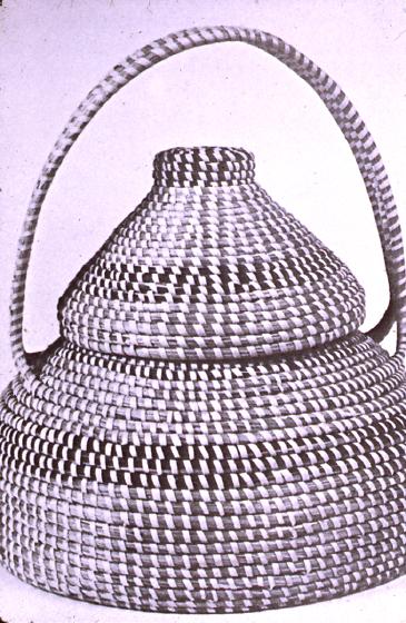 Sewing basket by Mary Jane Manigault, Smithsonian Collection, courtesy Folklife Resource Center, McKissick Museum, University of South Carolina, Columbia, South Carolina