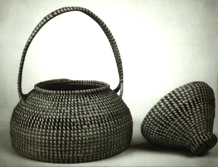 Sewing basket by Mary Jane Manigault, photograph by Dale Rosengarten, courtesy Folklife Resource Center, McKissick Museum, University of South Carolina, Columbia, South Carolina