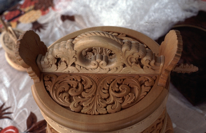 Woodcarving by Leif Melgaard, photograph by Phil Nusbaum, 1987, courtesy Minnesota State Arts Board