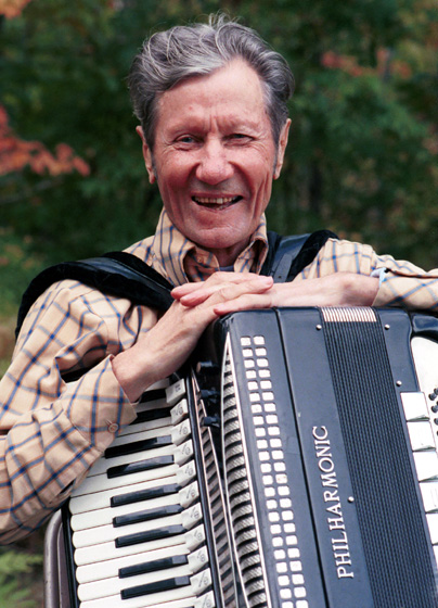 Growing up in Upper Michigan, Art Moilanen learned Finnish songs from recordings and by listening to lumberjacks, miners and musicians. In time, he integrated a broader range of influences into his music, including country and Western. Mass City, Michigan, September 27, 1989, photograph by Alan R. Kamuda, courtesy Michigan Traditional Arts Program, Michigan State University Museum