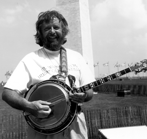 Mick Moloney emigrated from Ireland to the United States in 1973 to pursue graduate studies in folklore. Since earning a doctorate, he has devoted much of his time to the documentation and performance of traditional Irish music and musicians. Photograph by Joseph T. Wilson, courtesy National Council for the Traditional Arts