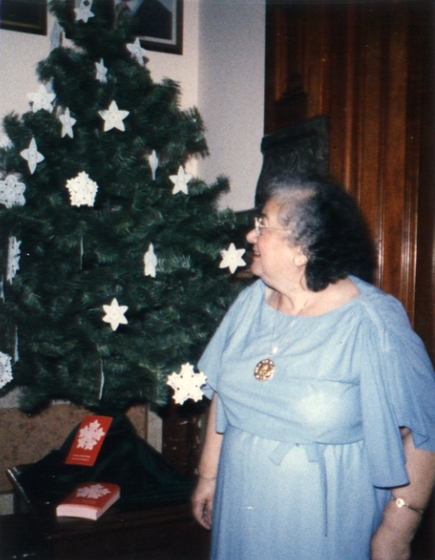 Christmas tree with forty-one snowflakes by Genevieve Mougin, December 11, 1985, curtesy National Endowment for the Arts