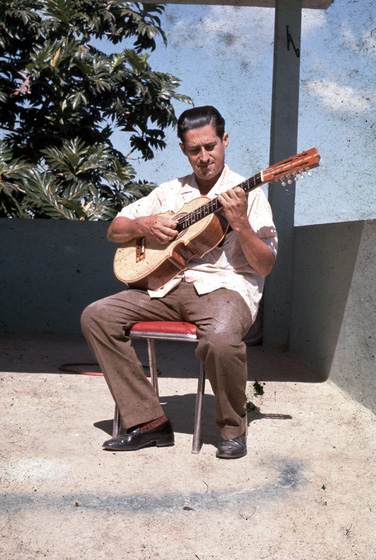 Julio Negrón-Rivera playing the *cuatro* (ten-string guitar), photograph by Walter Murray Chiesa, Morovis, Puerto Rico, courtesy National Endowment for the Arts