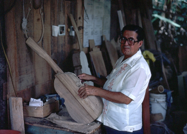Julio Negrón-Rivera in his shop, Morovis, Puerto Rico, photograph by Walter Murray Chiesa, courtesy National Endowment for the Arts