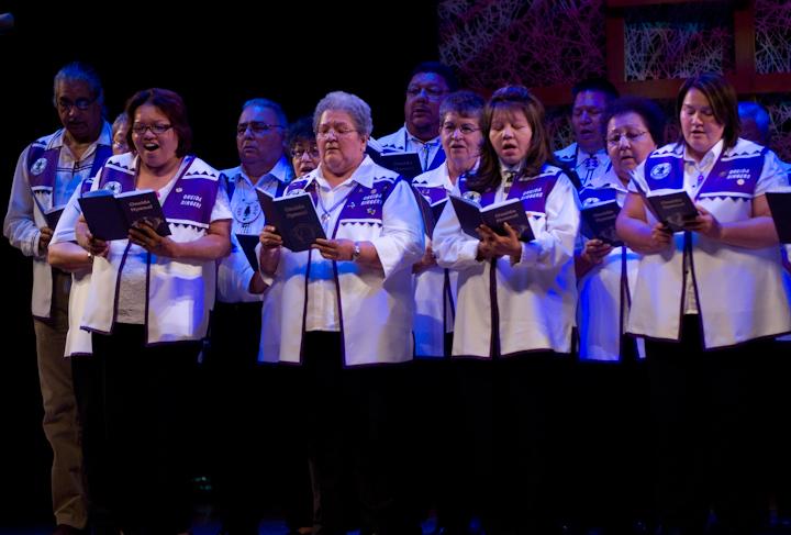 Oneida Hymn Singers of Wisconsin, 2008 National Heritage Fellowship Concert, Bethesda, Maryland, photograph by Alan Hatchett