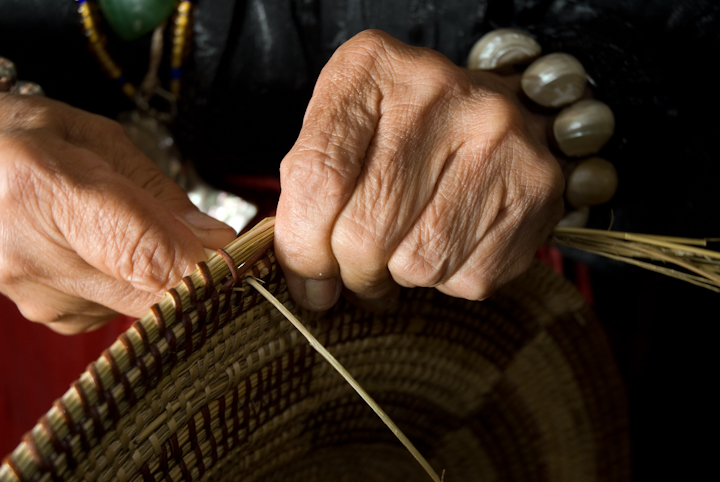 Julia Parker making a basket, Bethesda, Maryland, 2007, photograph by Alan Govenar