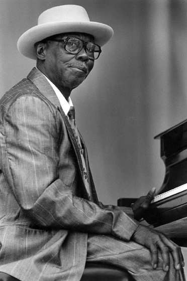 Joe Willie 'Pinetop' Perkins, Chicago Blues Festival, Chicago, Illinois, 1991, photograph by Jack Vartoogian