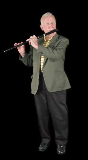 Mike Rafferty, an outstanding proponent of the East Galway style of flute playing, devoted more time to performing and teaching students on both sides of the Atlantic after he retired in 1989. Bethesda, Maryland, 2010, photograph by Alan Govenar