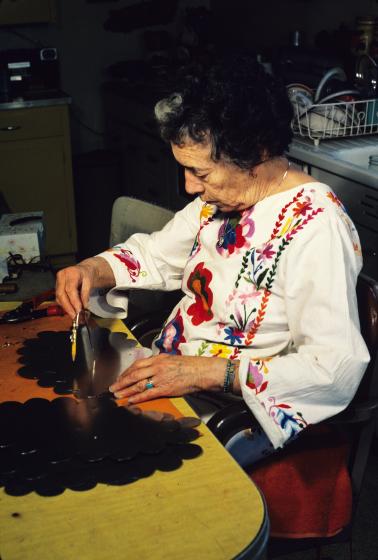 Senaida Romero, Santa Fe, New Mexico, 1984, photograph by Eduardo Fuss, courtesy Marie Cash
