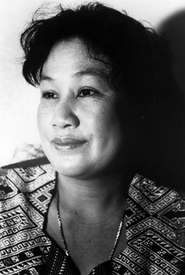 Mone Saenphimmachak, photograph by Ann Rynearson, courtesy National Endowment for the Arts